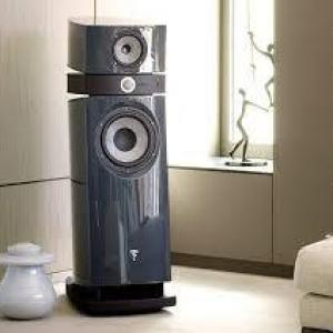 Home theater com caixa torre